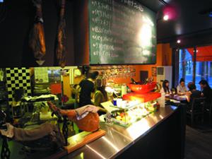 27.Spain Bar Labradora(ラブラドーラ)
